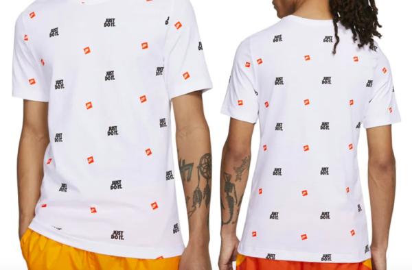 ナイキロゴTシャツ